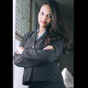 Lorrana Gomes 3 1 1
